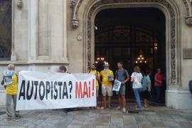 Protesta contra la construcción de la autopista Llucmajor-Campos