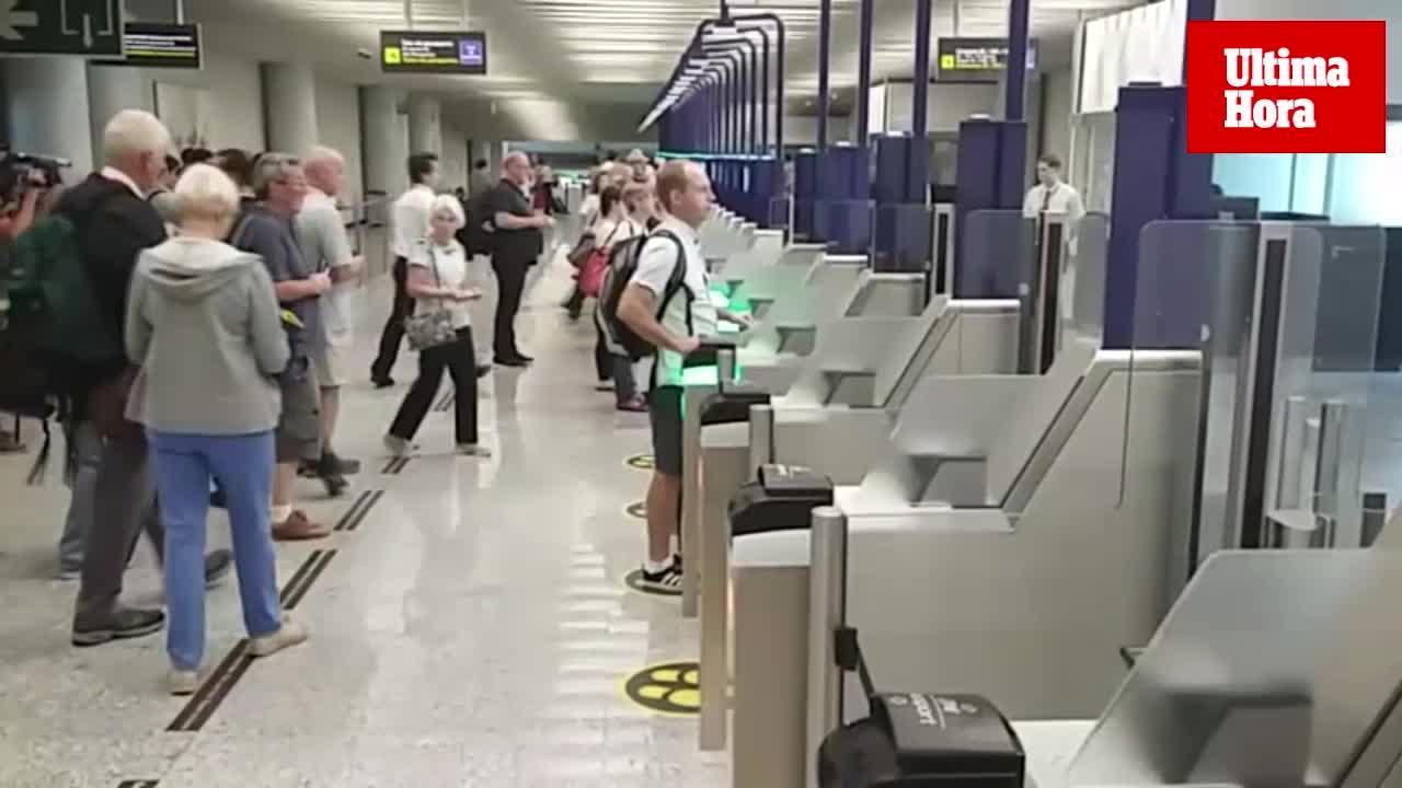 Nuevo sistema de control de pasaportes en el aeropuerto de Palma