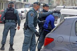 Registros en Son Gotleu y 'Corea' tras la detención de tres ladrones en Calvià