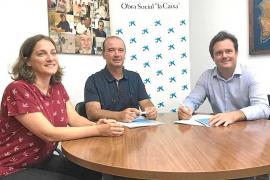 El Consell de Formentera y Obra Social La Caixa muestran su compromiso con la gente mayor