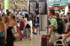 Las tormentas provocan retrasos en los aeropuertos de Baleares