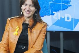 La Consellera de Cultura de la Generalitat entrega al ministro la «lista de agravios» culturales del Gobierno con Cataluña
