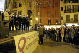 Las mujeres salen a la calle para luchar contra la violencia de género