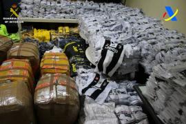 Incautan 7.729 prendas falsificadas en el aeropuerto de Palma