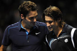 Federer deja a Ferrer fuera de la final de la Copa de Maestros