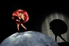Lady Gaga rinde homenaje a un fan que se suicidó