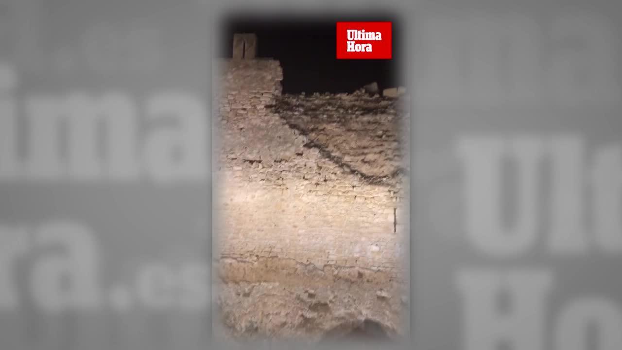Una parte de la muralla medieval de Alcúdia se derrumba de noche sin causar daños