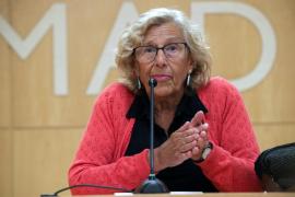Manuela Carmena abandona el hospital tras sufrir una caída