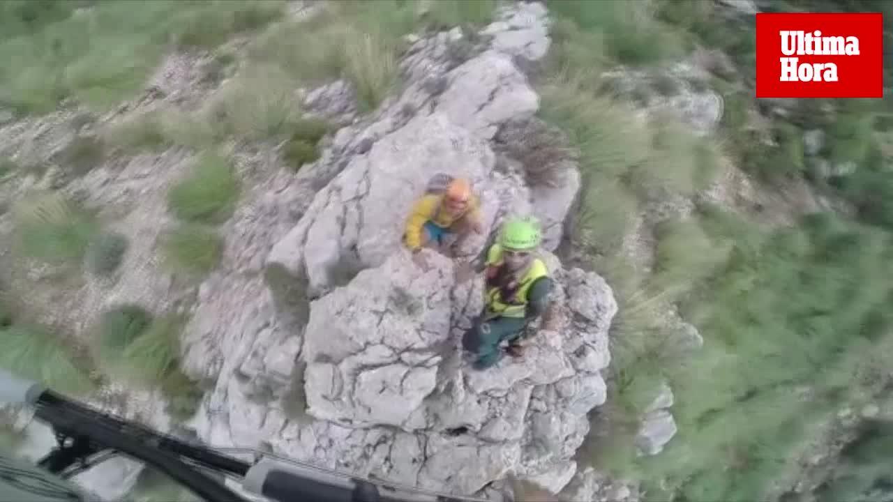Rescate de dos turistas en el paso de Sa Regana