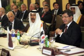 La Liga Arabe aprueba su primer paquete de sanciones contra Siria