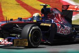 Alguersuari dice que su permanencia con Toro Rosso es decisión del equipo