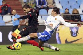 El Sevilla toma oxígeno a costa de un Zaragoza con escasos argumentos