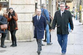 Delgado ataca al juez que habló de «irregularidades» en el Rocamar