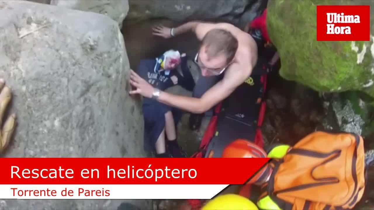 Rescatan en helicóptero a una excursionista en el torrente de Pareis tras caer desde 6 metros de altura