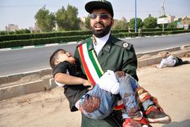 Al menos 24 muertos en el atentado contra un desfile militar en Irán