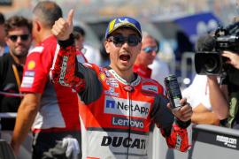 Jorge Lorenzo acumula otra 'pole' en Motorland