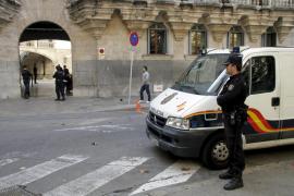 Un joven se enfrenta a 15 años de cárcel por violar a una menor en un coche