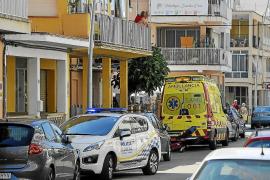 Una mujer apuñala a su marido en un piso de s'Arenal y después ataca a la policía