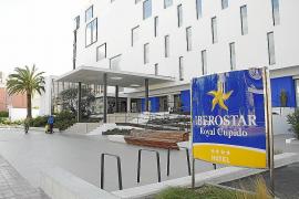 Fluxá se quedará con los cinco hoteles de Thomas Cook en Balears y Andalucía
