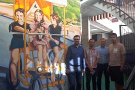 Inauguran el mural de Joan Aguiló en el aparcamiento de Comptat del Rosselló en Palma