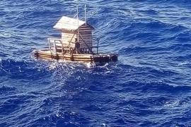 Un joven sobrevive 48 días a la deriva en una trampa flotante para peces