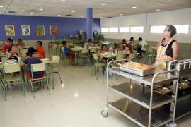Los menús escolares cuestan en Baleares más del doble que en Canarias