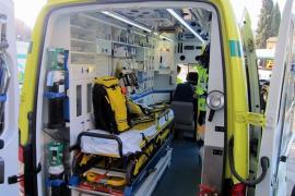 Herido grave un trabajador tras precipitarse desde el tejado de una nave en Ibiza