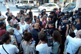 Vecinos de Son Banya: «Que se acaben los derribos hasta que el alcalde dé la cara»