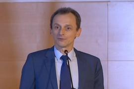 Pedro Duque dice que no eludió el pago de impuestos y seguirá al frente del Ministerio
