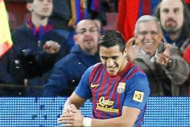 Alexis despierta al Barça