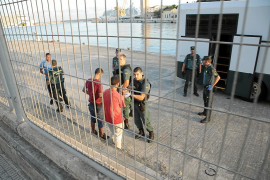 Govern, Delegación y ONG rechazan un centro de atención temporal a inmigrantes