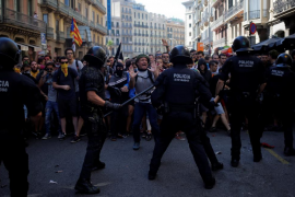 En libertad los seis detenidos por actuar contra los Mossos en Barcelona