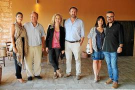 Cata de vinos solidaria del Colegio de Economistas en Bodegas JL Ferrer