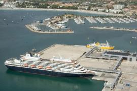 Salvamento Marítimo evacúa hasta Alcúdia a un pasajero que sufrió un infarto en un crucero