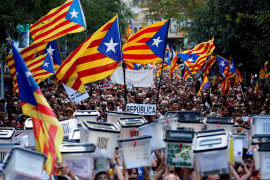 Miles de personas reivindican en Barcelona el «mandato» del 1-O