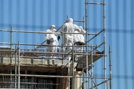 El Govern prevé la retirada de todo el amianto de los centros escolares a finales del próximo verano