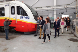 El 'lío' de los trenes se cuela en el Parlament