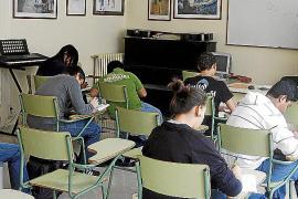 La deuda del Govern ha dejado a algunos institutos con apenas 20 euros en caja