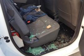 Máxima tensión en Son Banya por los derribos y ataques a periodistas