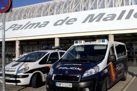 Detienen a seis personas con documentación falsa en el Aeropuerto de Palma