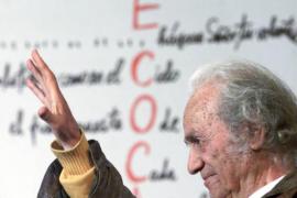 El poeta Nicanor Parra, Premio Cervantes 2011