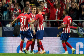 El Atlético se impone al Brujas con goles de Griezmann y Koke