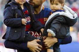 Juanma Castaño la 'lía' opinando sobre la faceta de padre de los futbolistas