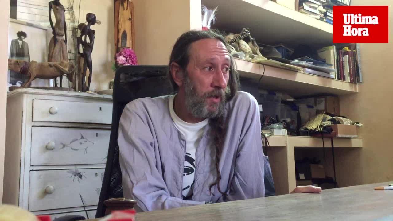 Miguel Adrover: «La moda está perdiendo su poder, yo no soy preso de la moda»