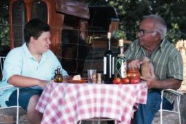 Miquel Montoro y Toni Ballador, nieto y abuelo en el último vídeo de Ses Bubotes