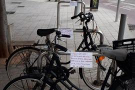 ¿Quién promueve la retirada de bicicletas en los barrios de Palma?