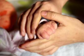 Así se reclama el IRPF de tu prestación de maternidad