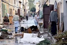 Vecinos de Sant Llorenç aseguran que «no se ha salvado nada» en sus viviendas