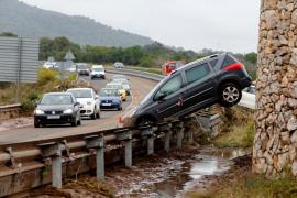 Cuatro carreteras de Mallorca permanecerán cortadas este miércoles por inundación
