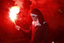 PALMA. FIESTAS POPULARES. Grandes y pequeños celebran Halloween y la tradicional Nit de les Ànimes